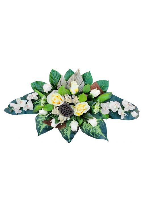 Cvetlični aranžma (veliki aranžma, umetne vrtnice in orhideje bele barve ter drugo rastlinje)