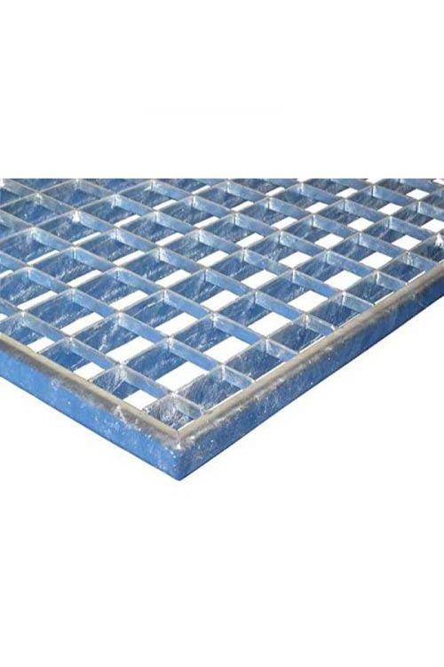 Rešetka MEA (80 x 40 cm, razmak med režami 3 x 3 cm, kovina)
